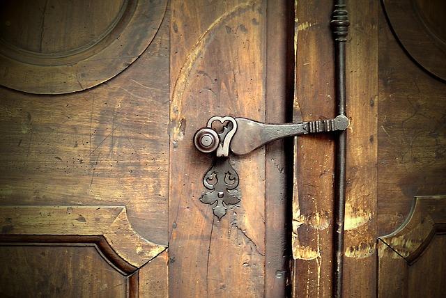 Aan dovemans deur